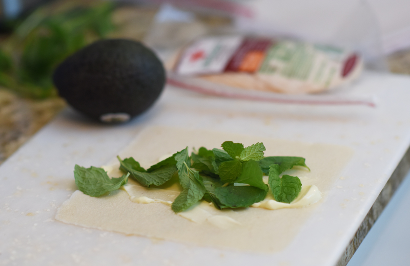 paleo-mint-chicken-avacado-wraps-2